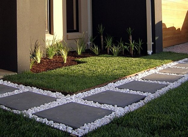 AmeriCast Landscaping Pads